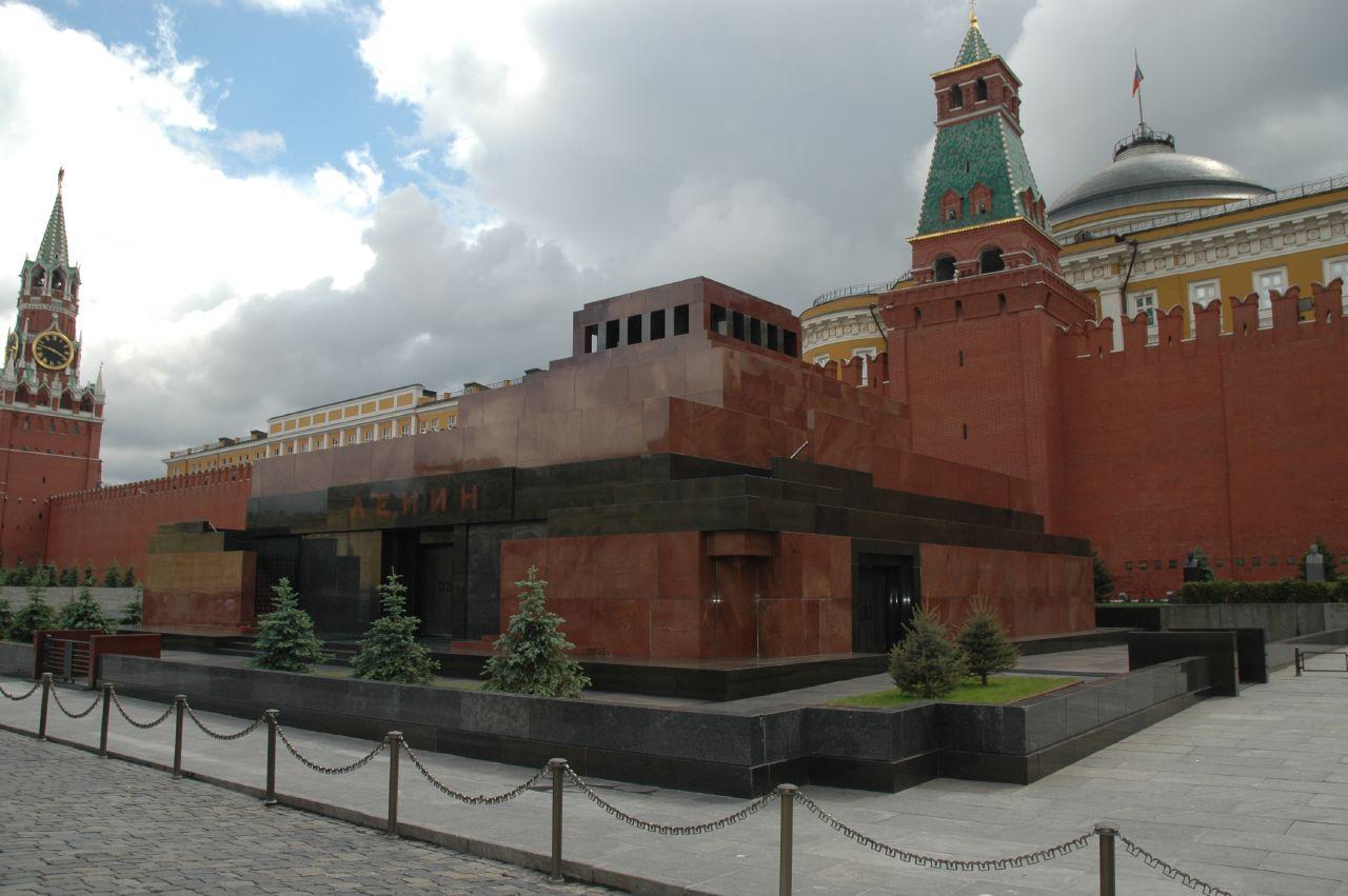 lenins_mausoleum_2